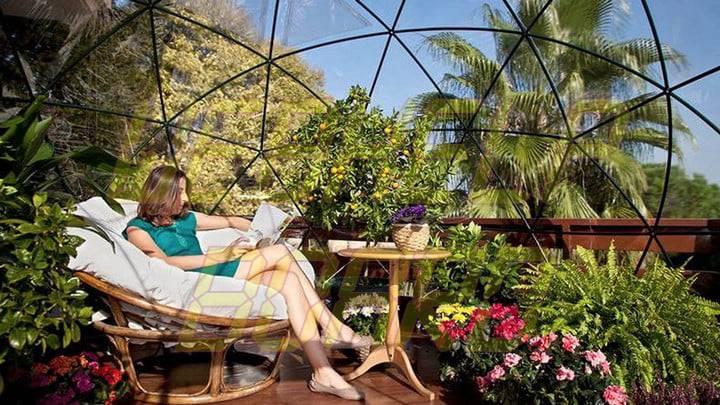 El iglú de jardín es una cúpula geodésica para su césped