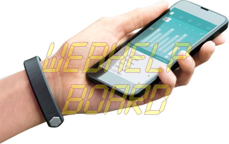 fitbit_alta_smartphone_press.jpg