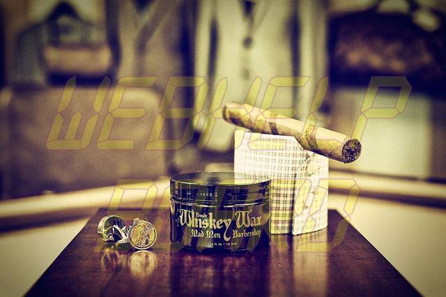 Abastecerse de mercancía perfumada con whisky