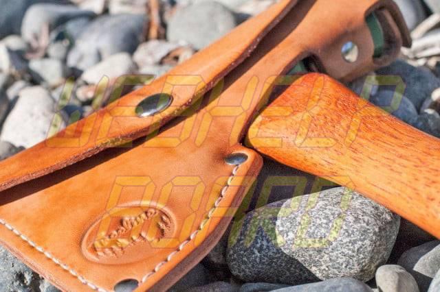 Trekking: The Half Hatchet te permite cortar madera con clase