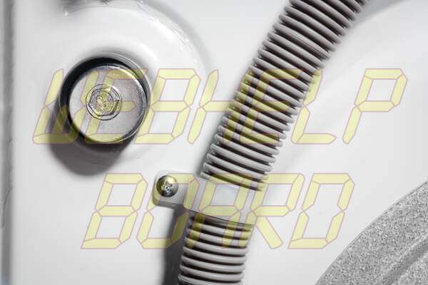 img1 2 - AddWash: retire o parafuso antes de ligar a máquina pela primeira vez